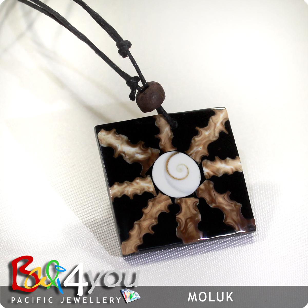Bali Style Halskette Shiva's Eyes Moluk